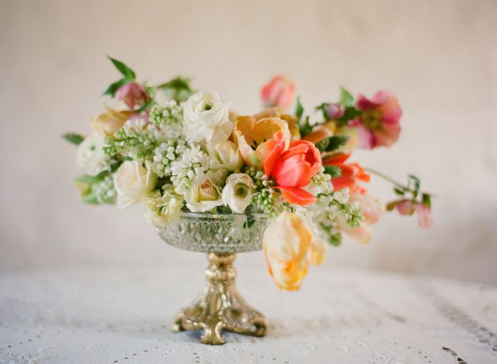 spring wedding centerpiece idea