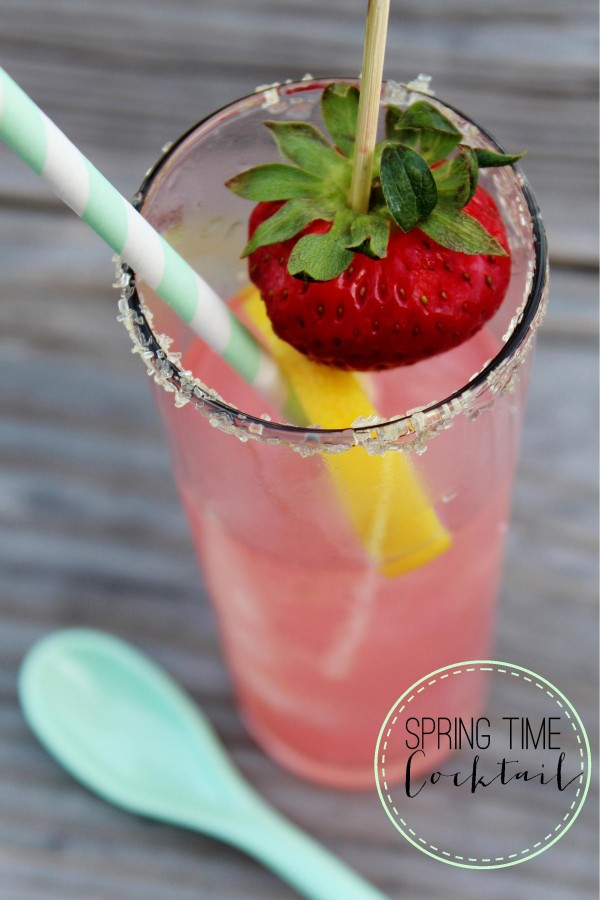 strawberry lemonade cocktail