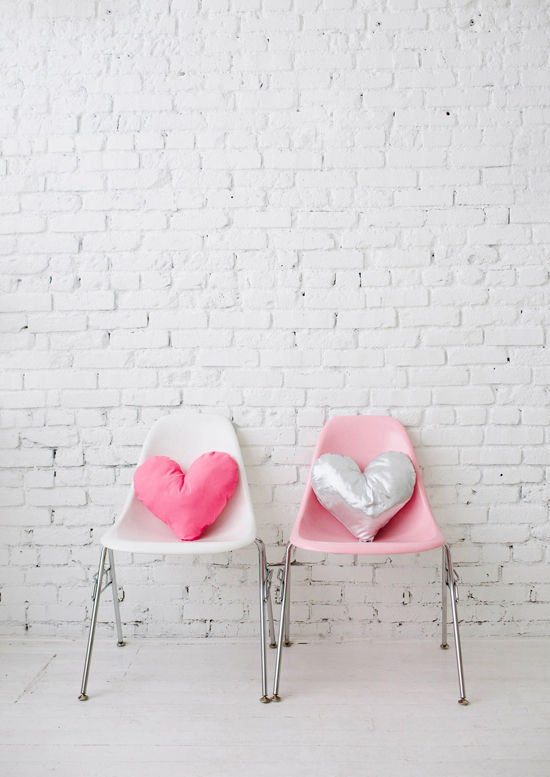 DIY Heart Pillow by Bramble Workshop on DLF