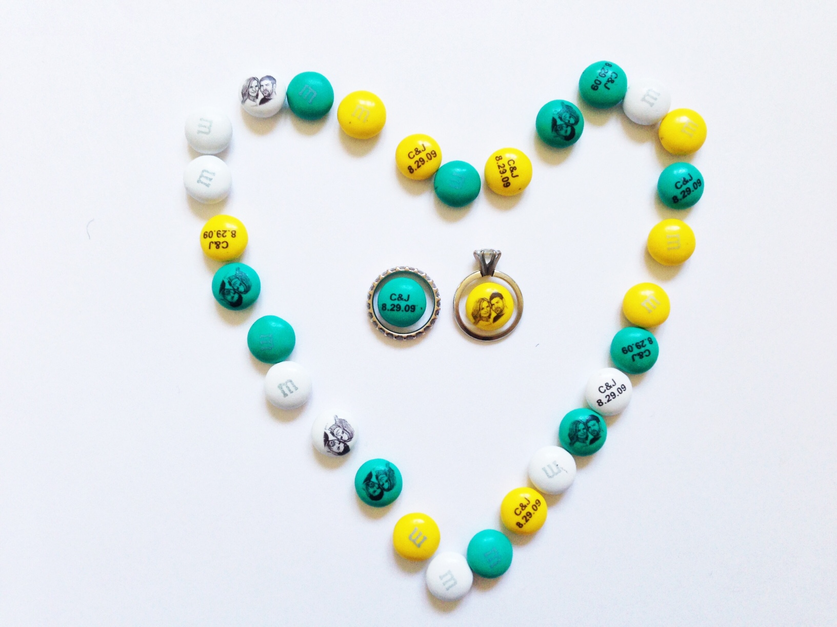 Personalize Your Wedding With M&M's